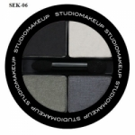 Soft Blend Eyeshadow Quad